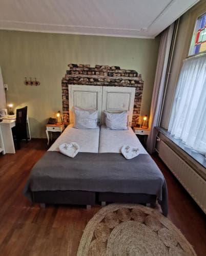 Comfort twin 402 Hotel Heere Raamsdonksveer 7