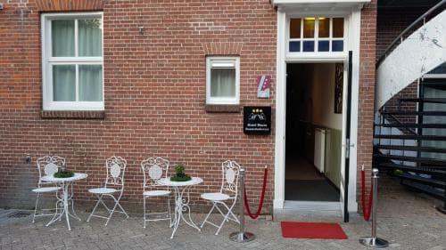 Entree Hotel Heere Raamsdonksveer Prins Bernhardstraat 8 Geertruidenberg Brabant Biesbosch Efteling