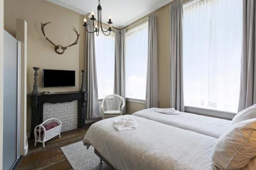 Hotel Heere Raamsdonksveer Geertruidenberg Brabant Kamer 801