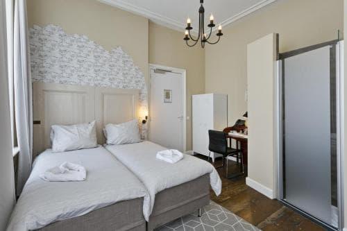 Hotel Heere Raamsdonksveer Geertruidenberg Brabant kamer 801 (2)