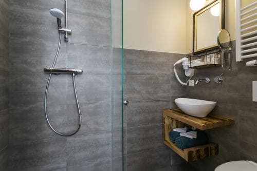 Hotel Heere Raamsdonksveer Geertruidenberg Brabant kamer 801 (4)