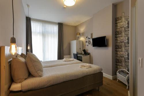 Hotel Heere Raamsdonksveer Geertruidenberg Brabant kamer 805 2 persoonskamer Efteling Biesbosch (2)