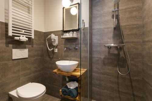 Hotel Heere Raamsdonksveer Geertruidenberg Brabant kamer 806 2 persoonskamer Efteling Biesbosch (5)