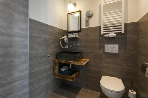 Hotel Heere Raamsdonksveer Geertruidenberg Brabant kamer 807 2 persoonskamer Efteling Biesbosch