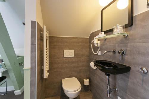 Hotel Heere Raamsdonksveer Geertruidenberg Brabant kamer 815 2 persoonskamer Efteling Biesbosch