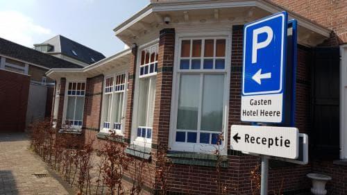 Hotel Heere Raamsdonksveer Prins Bernhardstraat 8 Geertruidenberg Brabant Biesbosch Efteling