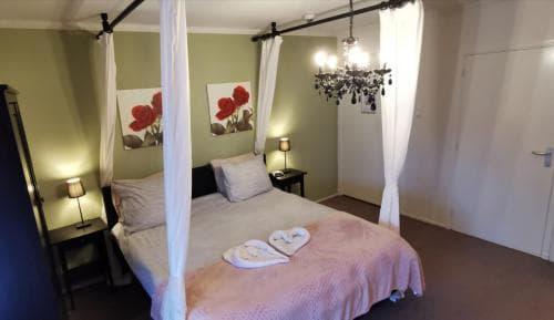 Junior suite 410 Hotel Heere Raamsdonksveer 4